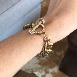 Fashionable bracelet.